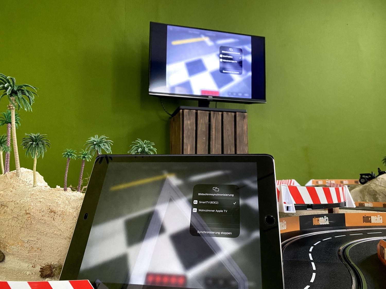 Zeiterfassung mit Smartrace App auf Carrera Bahn